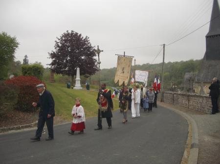 2010 - Fontaine la Louvet