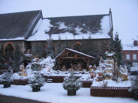 http://thiberville-soutien-abbe-michel.hautetfort.com/album/la-creche-de-noel-2009/429294273.JPG