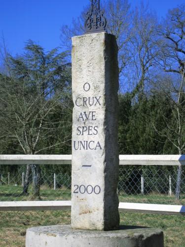 Fontaine - calvaire 2000 ter.JPG